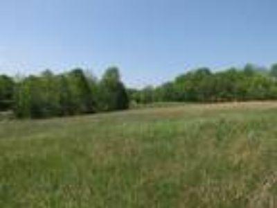 Barren Rive Lake Area 3.79 acres