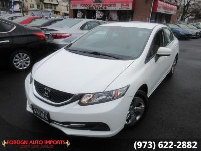 2015 Honda CIVIC SEDAN 4dr CVT LX (Taffeta White)