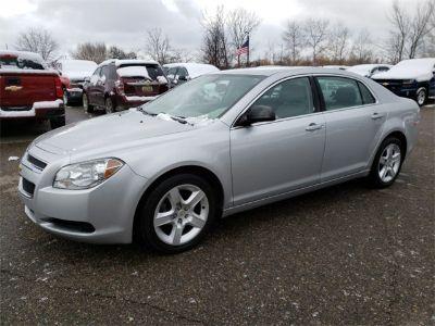 2011 Chevrolet Malibu LS (Silver Ice Metallic)