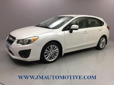 2013 Subaru Impreza 2.0i Premium (Satin White Pearl)