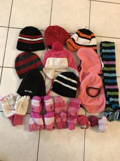 Assorted Hats/Mitts/Scarf - Thickson & Rossland, Whitby