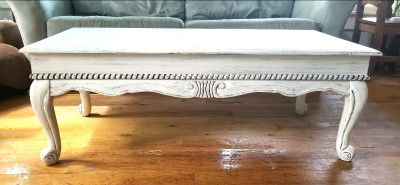 beautiful antique solid wood coffee table