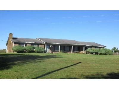 3 Bed 2 Bath Foreclosure Property in Lancaster, KY 40444 - Sugar Creek Rd