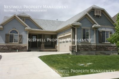 Really Great 3 Bedroom Rambler in the Ranches