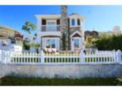 Gorgeous Four BR furnished home in Corona del Mar