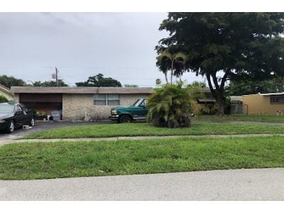 4 Bed 2.0 Bath Preforeclosure Property in Pompano Beach, FL 33060 - SW 1st Ter
