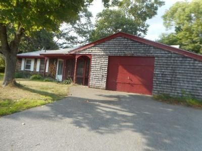 3 Bed 1 Bath Foreclosure Property in Brockton, MA 02302 - Errol Rd