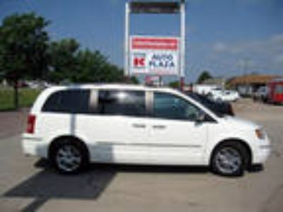 Used 2008 CHRYSLER TOWN & COUNTRY For Sale