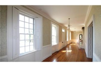 Perfectly Blended 18th & 19th Century Home Pet-Friendly