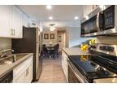 Woodranch Apartments - 1 BR - Overlook