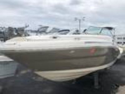 2005 Sea Ray 270 Sundeck Deck Boat