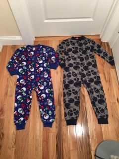 Children s Place & Target Holiday Fleece Footless PJs. Size 4. Excellent Condition.