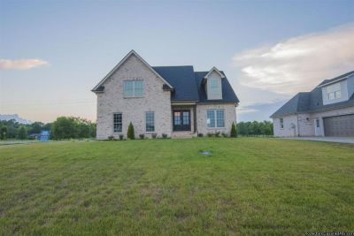Brand New 4br 2.5ba Home with beautiful custom cabinets & trim work!