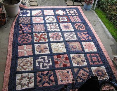 *~~~ Vintage Large Quilt ~ Handmade ~ Hand Stitched  ~~~*