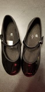Great Unscuffed Condition Girls Tap Dance Shoes Size 1
