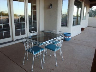Kitchen Table Glass top & 4 Matching chairs