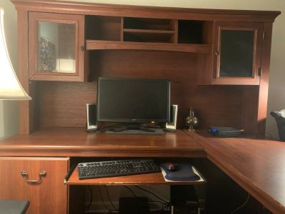 FREE - L Shaped Desk with Hutch