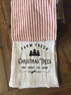Pair Christmas kitchen towels