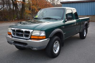 2000 Ford Ranger XL (Green)