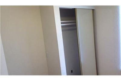 Redlands, prime location 4 bedroom, House. Washer/Dryer Hookups!