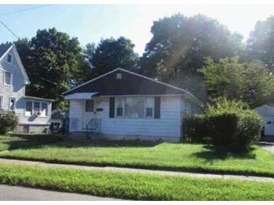 2 Bed 1 Bath Foreclosure Property in Hamden, CT 06514 - Pine Rock Ave