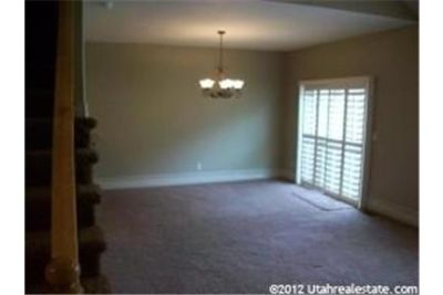 Beautiful townhome located in a gated community.