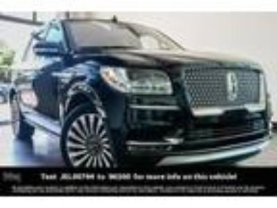 used 2018 Lincoln Navigator for sale.