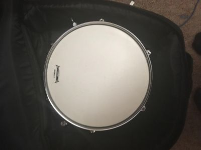 Snare Drum (With Stand, Carrying Bag and Drum Pad)