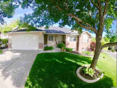 4822 S Jefferson Ave Ogden Five BR, Beautifully maintained South