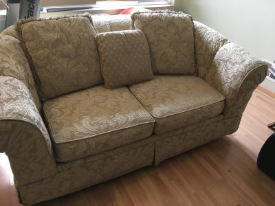 Two piece Sofa and loveseat Set