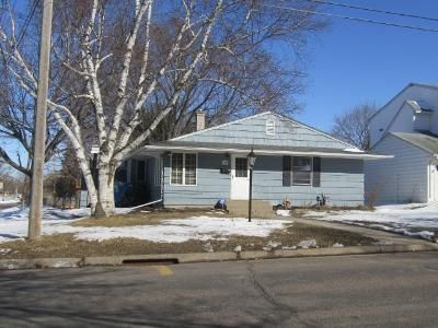 4 Bed 2 Bath Foreclosure Property in Saint Paul, MN 55118 - Charlton St