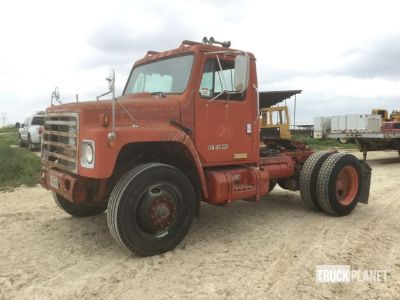 1988 International 1955 S/A Day Cab Truck Tractor