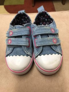 Baby girl size 4 shoes