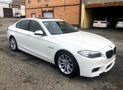 2015 BMW 5-Series 4dr Sdn 535i xDrive AWD (Mineral White Metallic)