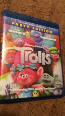 Trolls dvd and blue ray euc