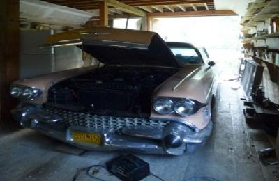 Cadillac 1958 deVille Sedan