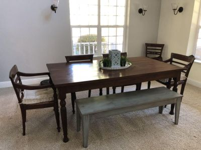 BEAUTIFUL SOLID WOOD dining table!!!!!