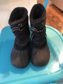 Size 7/8 Snow Boots