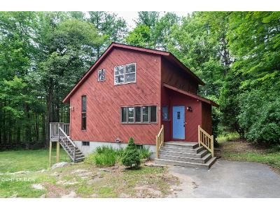 3 Bed 1.5 Bath Foreclosure Property in Charlton, MA 01507 - Harrington Rd