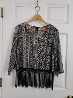 Super Cute Rue 21 Top Size Small. Excellent Condition!