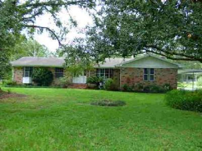 5633 Old Middleburg Rd S Jacksonville Six BR, Great family home