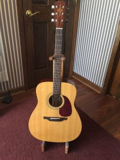 Alvarez Acoustic guitar