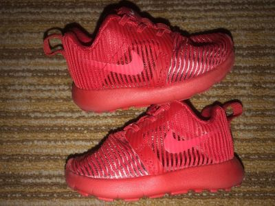 Nike Baby Red Running Infant Size 4