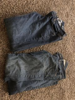 2 pairs of jeans
