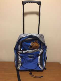Like new Scooby Doo backpack suitcase on wheels with handle with two extra pockets