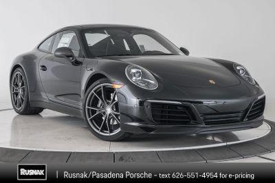2019 Porsche 911 Carrera (black)