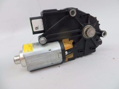 Find 2006-2010 MERCEDES W251 W164 1648201442 SUN ROOF MOTOR R500 ML63 GL320 R350 R63 motorcycle in Tampa, Florida, United States, for US $89.99
