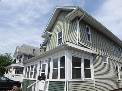 4 Bed 1 Bath Foreclosure Property in Beverly, MA 01915 - Roosevelt Ave