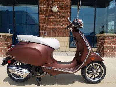 2019 Vespa Primavera 50th Anniversary 150 cc 250 - 500cc Scooters Saint Charles, IL