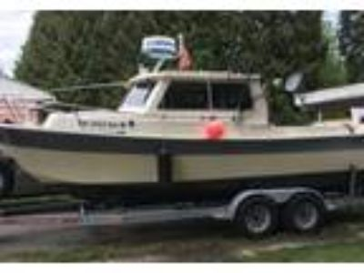 1990 Seasport Sportsman-2200 Power Boat in Renton, WA